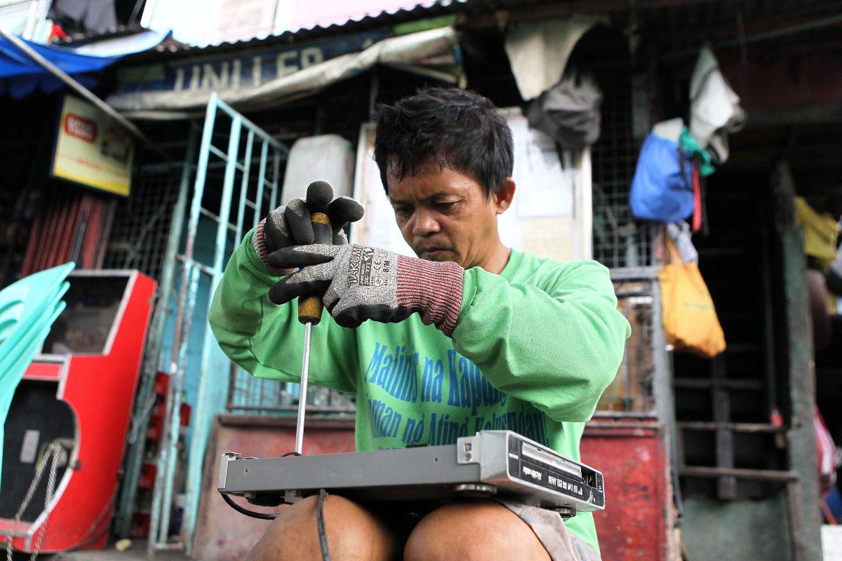 Auch auf den Philippinen leben Menschen vom Zerlegen unseres Elektronikmülls.