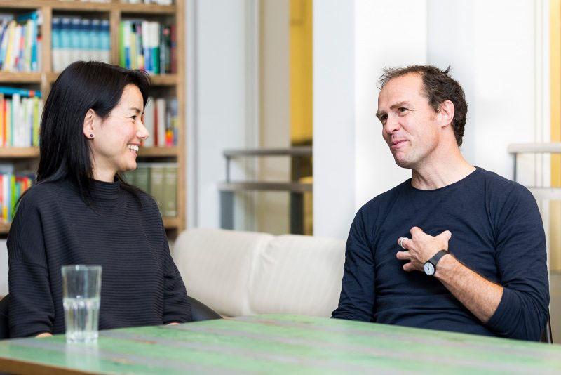 Sweelin Heuss ist als Geschäftsführerin Öffentlichkeit und Fundraising neu zu Greenpeace gestoßen. Die 47-Jährige hat sich zuvor für die gleichberechtigte Teilhabe von Menschen eingesetzt und Unternehmen in ihrer sozialökologischen Verantwortung beraten.
