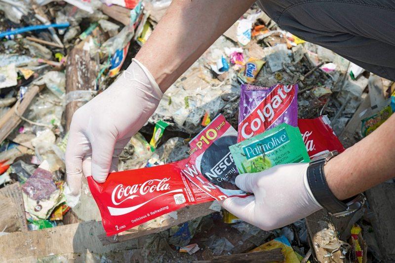 Befeuert wird die Verpackungsflut vor allem durch miniportionierte Produkte.