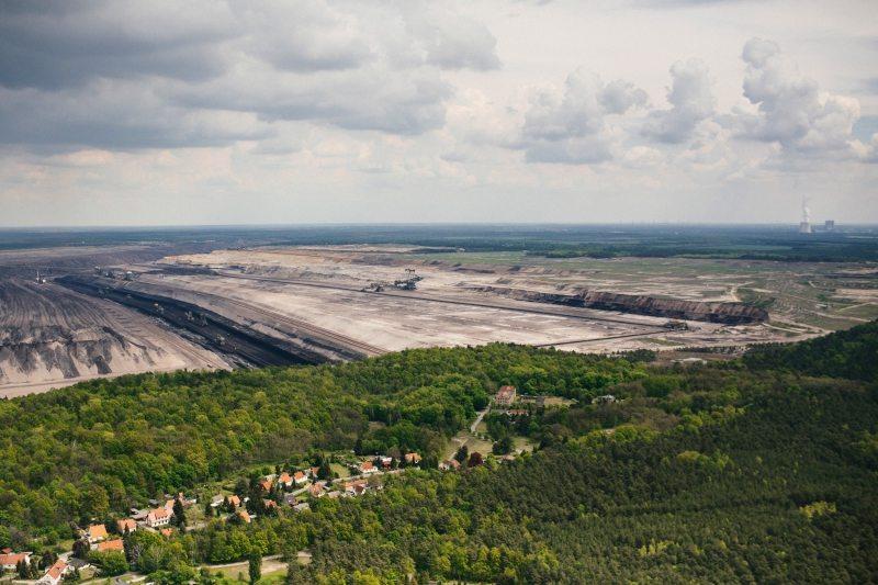 Um Mondlandschaften wie in Welzow zu vermeiden und die Klimaziele einzuhalten, ist der Kohleausstieg nötig.