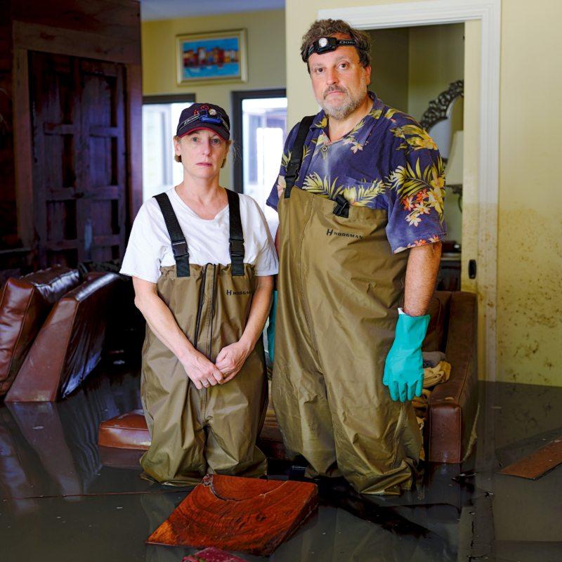 """Lois und Greg Hochhauser aus Texas nach dem Hurrikan Harvey im Sommer 2017: """"Als das Wasser zurückging, sah es aus wie auf einem Schlachtfeld."""""""