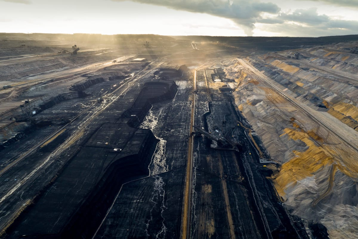 Zerstörerischer Braunkohletagebau im rheinischen Revier: Um die in Paris vereinbarten Klimaziele einhalten zu können, muss Deutschland schnell aus der Kohleverstromung aussteigen