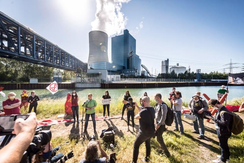 Unter Protest der Klimabewegung geht das neue Kohlekraftwerk Datteln 4 ans Netz