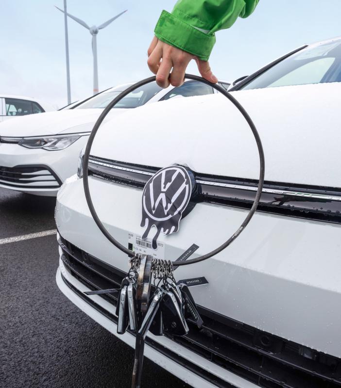 Ursache und Wirkung: Von Emden aus reisten VW-Autoschlüssel auf die Zugspitze
